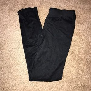 Zenana Outfitters Black Leggings